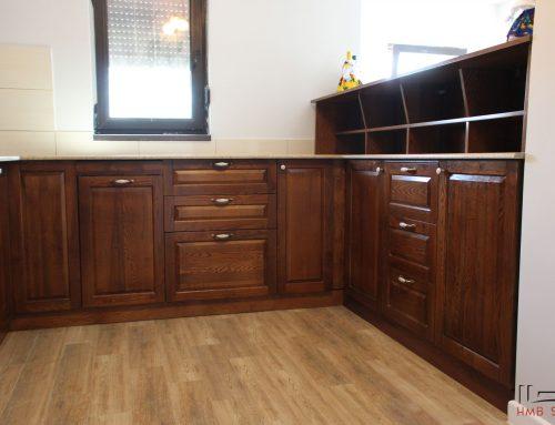 HMB Studio – Bucatarie Tony din lemn masiv