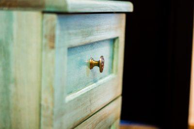Cuier din lemn masiv 03